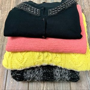 Ships Free- SWEATER LOT- SZ Med - FREE SHIPPING